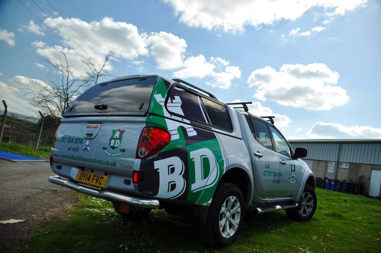 Printed vehicle wrap for L200