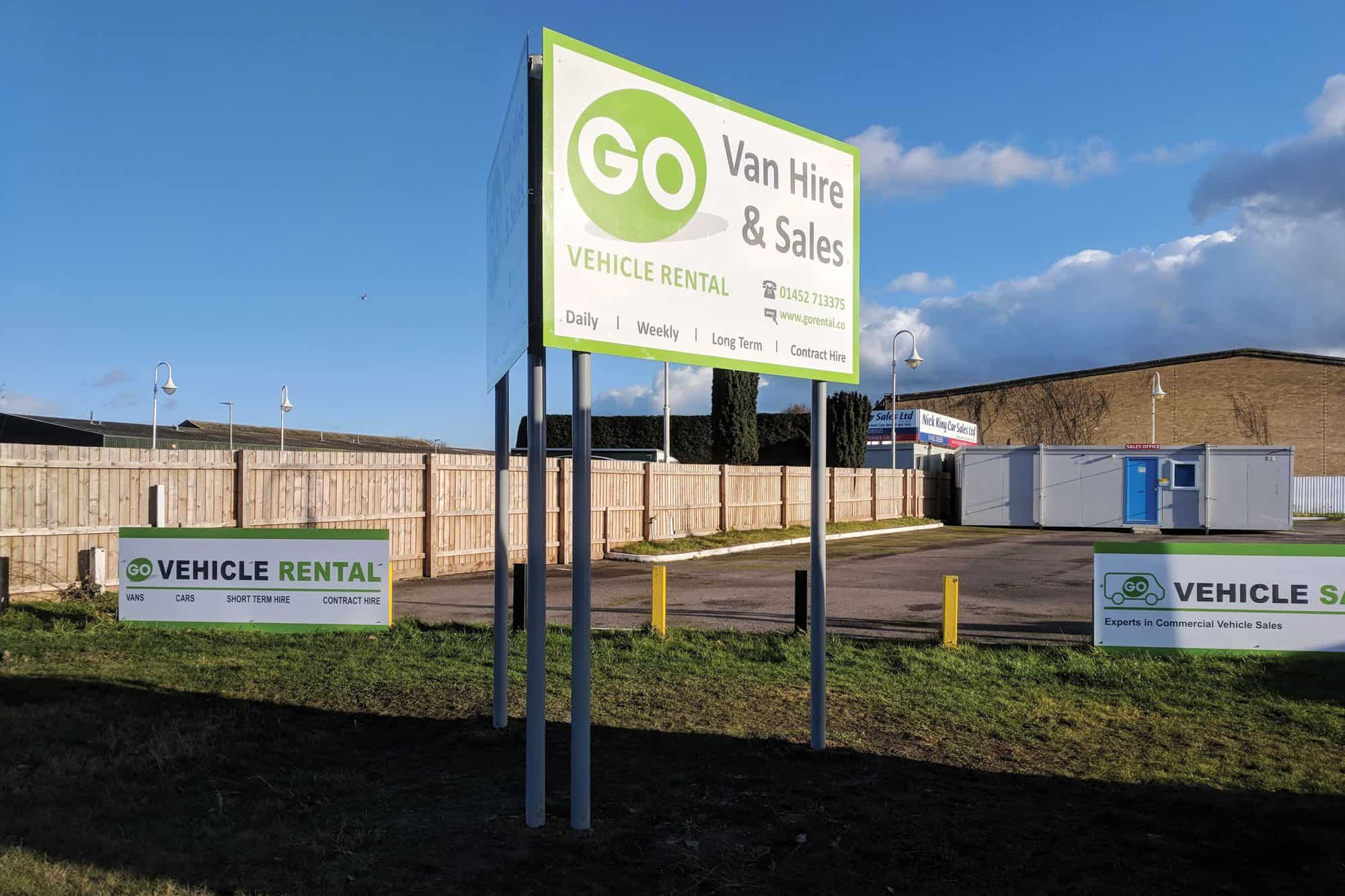 Go Transport Pole Signs