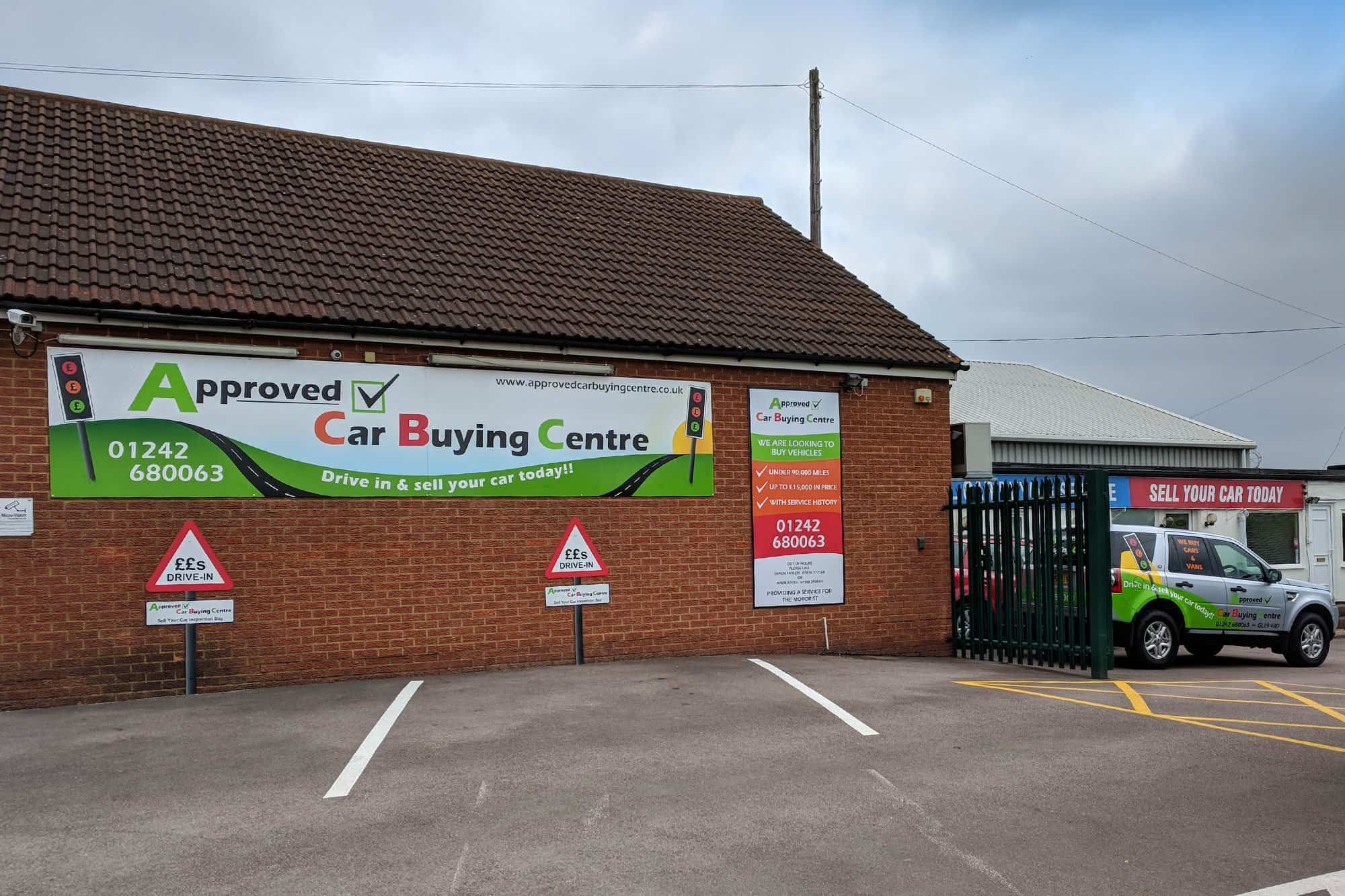 Approved Car Buying Centre Main Sign